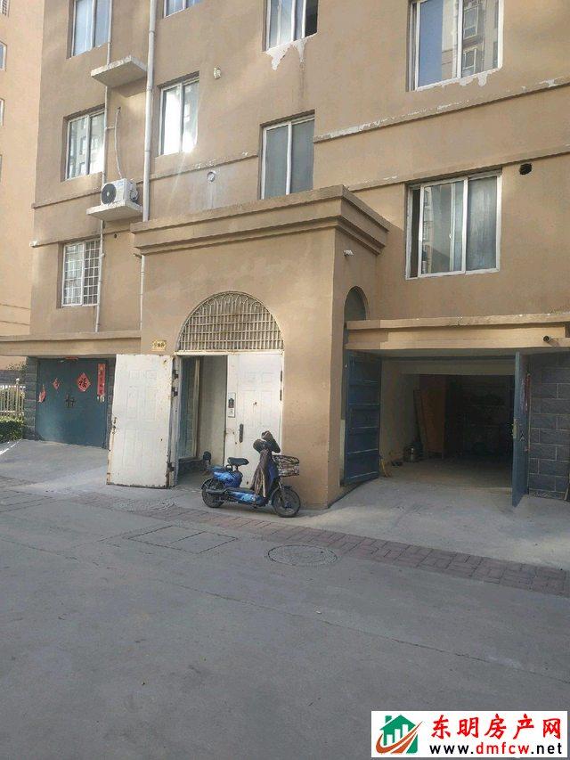 水岸鑫城 1室0厅 23平米 简单装修 10万元