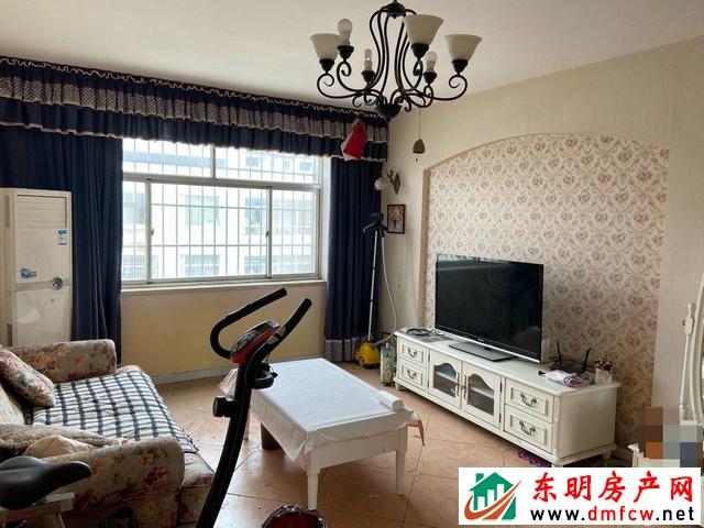 园丁小区 3室2厅 106平米 精装修 35万元