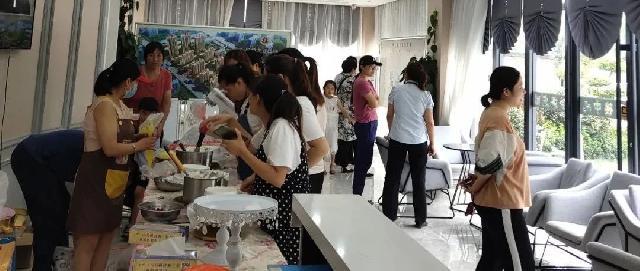 幸福开启 美味分享 !【梦蝶庄园】七夕蛋糕DIY活动甜蜜上演!