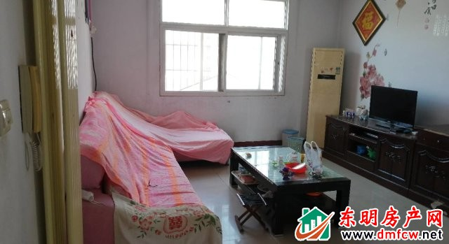 园丁小区 3室2厅 126平米 简单装修 40万元