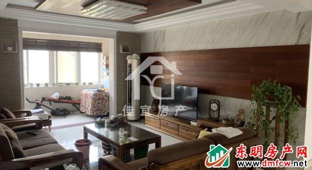 丰海御龙湾西区 3室2厅 137平米 精装修 88万元