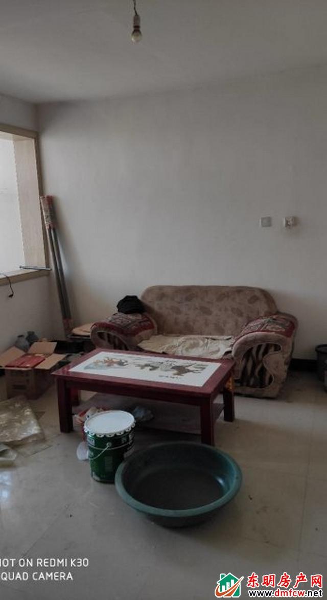 洪业小区 2室1厅 89平米 简单装修 30万元