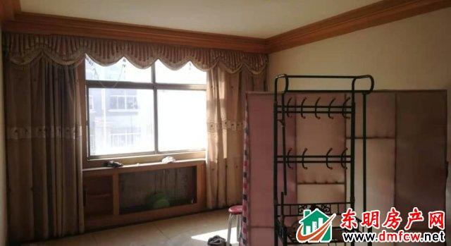 花苑小区 3室2厅 130平米 简单装修 43万元