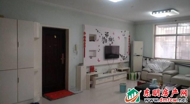 园丁小区 3室2厅 147平米 精装修 53万元