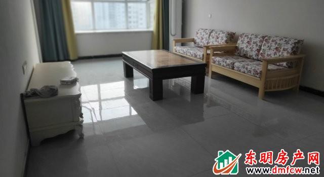 玫瑰园大成郡 3室2厅 140平米 简单装修 1400元/月