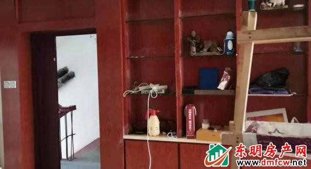 水岸鑫城 3室2厅 120平米 简单装修 16000元/年