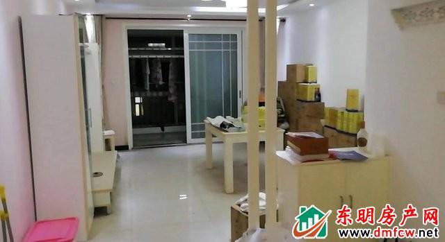 凤凰嘉园 3室2厅 130平米 简单装修 60万元