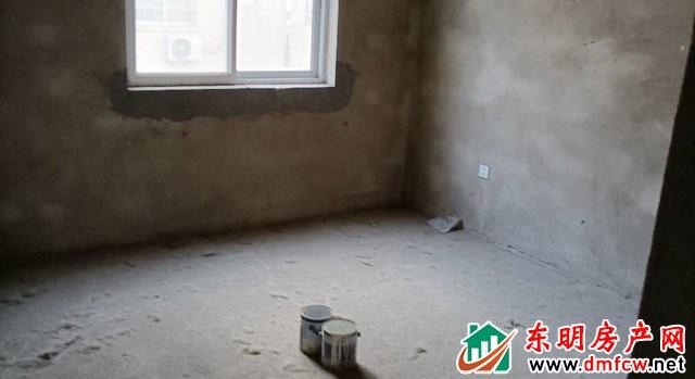 育英家园 3室2厅 88平米 毛坯 38万元