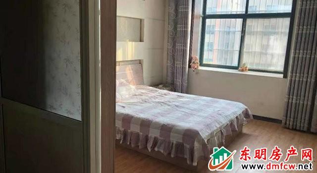 幸福美地小区(东明) 4室2厅 140平米 简单装修 1250元/月