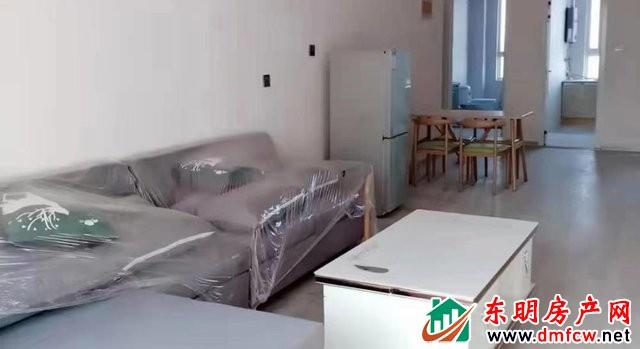 阳光尚城(东区) 3室2厅 120平米 简单装修 1333元/月
