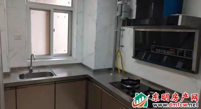 上海城 2室1厅 80平米 简单装修 1166元/月