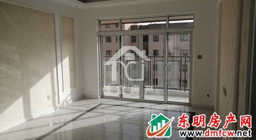天正中央大街 3室2厅 130平米 精装修 51.7万元