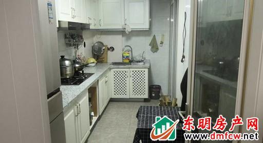 梦蝶庄园 2室2厅 93平米 精装修 50万元