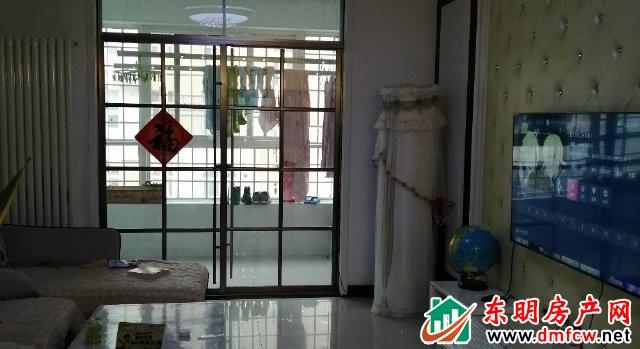 水岸鑫城 3室2厅 120平米 精装修 65万元