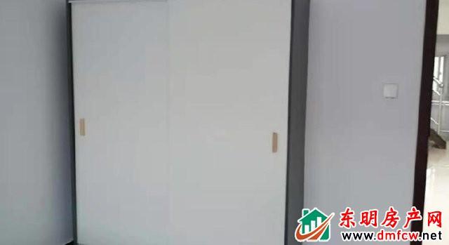 凤凰嘉园 2室1厅 70平米 精装修 25万元