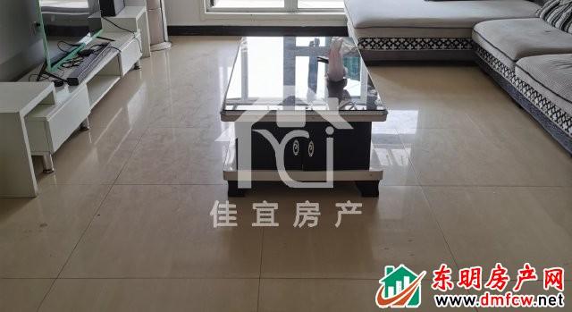 天泽御府 3室2厅 137平米 精装修 82万元